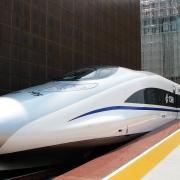Chinesischer Hochgeschwindigkeitszug CRH 380A