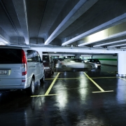 Parkhaus am Flughafen Wien