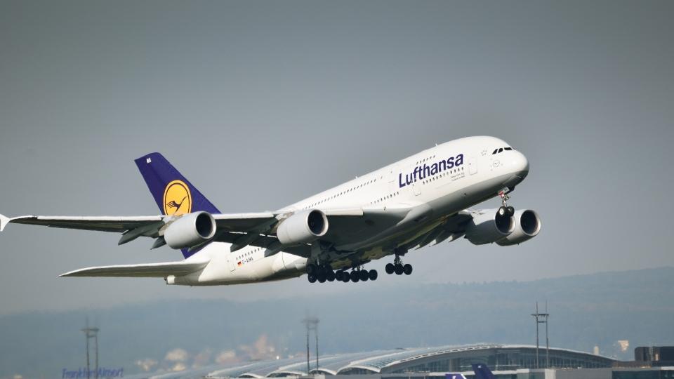 Lufthansa-Kunden können für Bio-Kerosin bezahlen