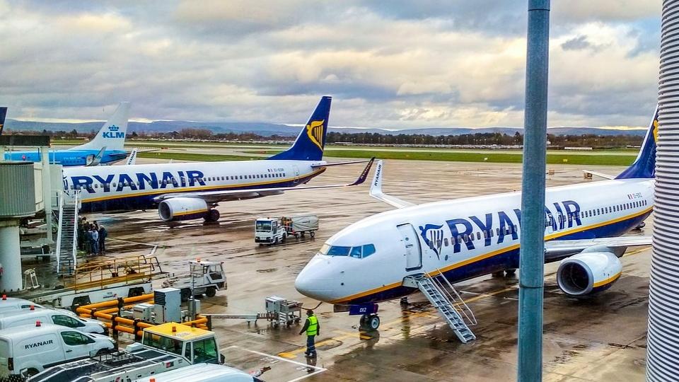 Ryanair schließt vier Standorte in Spanien