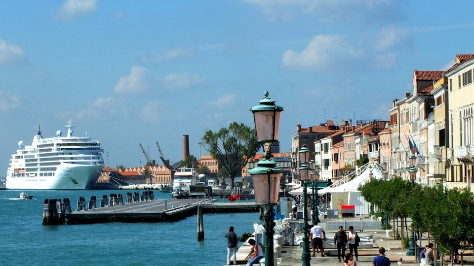 Luxusliner sollen aus Venedig verbannt werden