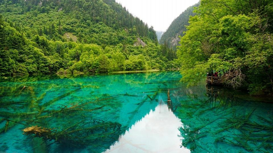 Jinzhaigou Lake in Sichuan