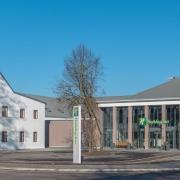Neues Holiday Inn Hotel beim Flughafen München